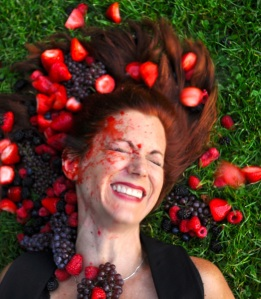 berry laughing crop